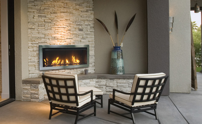 outdoor fireplace by Sierra Flame